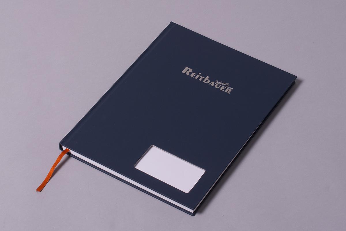 zeszyt firmowy z miejscem na wizytówkę